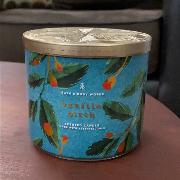 Bath & Body Works Other - Bath and Body Works Vanilla Birch Candle